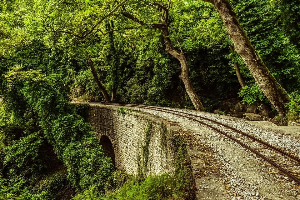 rails-2746501_960_720